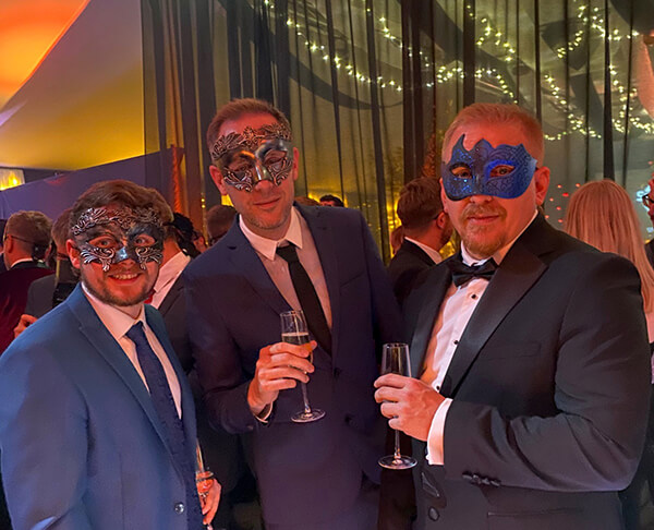 Joe-Matt-and-James-at-the-Wirehive-100-Awards-2019